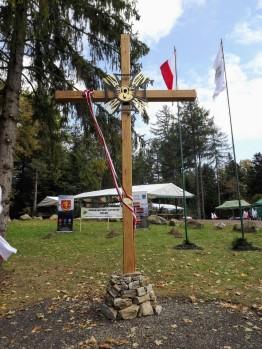 Krzyż na przełęczy