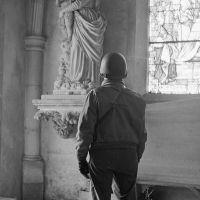 Jedyną racją bytu biskupów jest obrona Wiary. Obraza Matki Boga a milczenie biskupów.